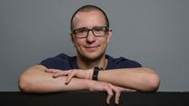 Christian hjælper Google med at uddele millioner